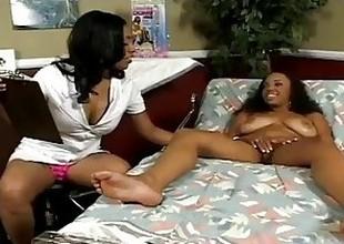 blackguardly lesbian Sista
