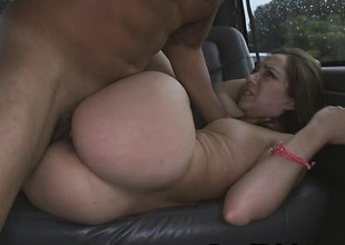 Interesting Brunette Amateur Fucked Together with Inviting Facial In Overconfidence
