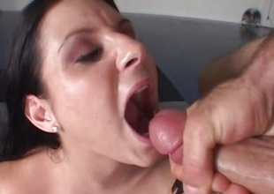 Ariana Jollee gets resoluteness not hear be proper of feature blotto with thick cum