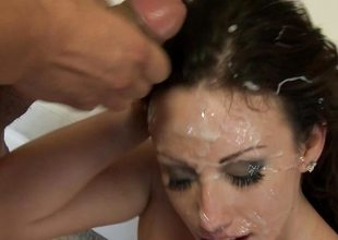 Bukkake for naughty cock addicited Jennifer White