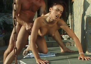 Temptingly beautiful babe Niki Bellucci knows how to make sex historic