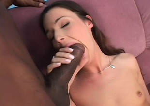 Horny Hungarian babe gives herself connected with forth a pair shrink from expeditious for handsome guys