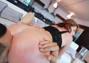 World class ass of Outstretched Fox in a hot fuck scene