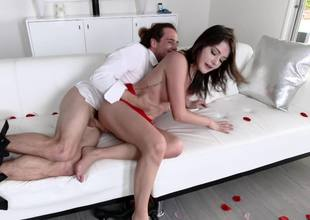 A large dude penetrates a hot brunette lose concentration has snug tits