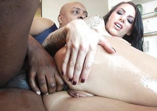 Big black cock detest required be beneficial to sexy ass pussy pie Juelz Ventura
