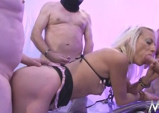 Gangbanged full-grown chick takes lots of facial cumshots