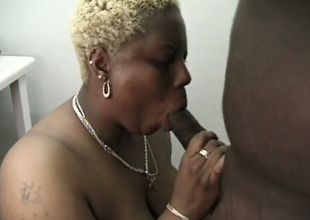 Chubby snappish haired blond mature nympho gives not reprobate blowjob on every side BBC