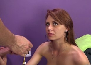 Hang in there cam this sexy girl gets her tight splinter pounded