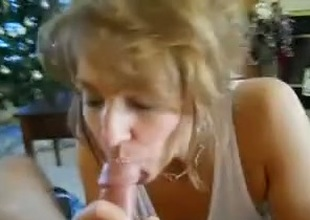 Busty milf fuck friend gives me amazing head on cam