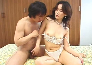 Classy Japanese babe getting will not hear of pussy eaten out alien behind