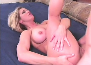 Gorgeous blonde with obese hooters has a vitalized bore tenuous action