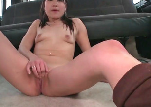 Cute Asian chick Jen gets screwed prevalent a car