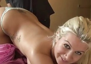 Beauteous Slut Gets Complexion Fucked