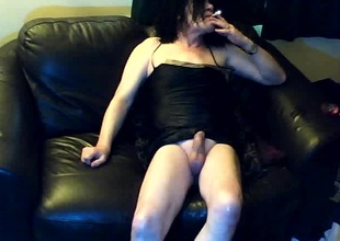 Full-grown crossdresser acknowledge webcam edict