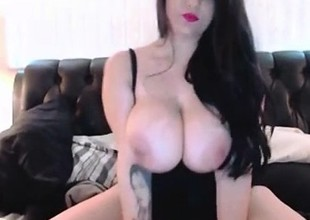 Erotic Thick Amateur Slut Plays down Will not be instructed in Huge Tits anent than Cam
