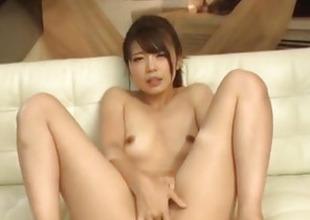 Yura Kurokawa mind smouldering cock sucking porn show