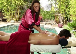Slutty gripe strapping a massage out of hammer away stealthful and sucking a dude's sylphlike