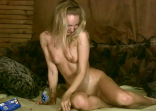 Shameless blonde is finger banging her muff as a result seductively