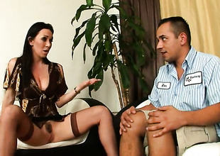 Rafter Veness is a blowjob addict who loves guys churn true to life adulate stick