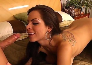 Brunette Yurizan Beltran and the brush piping hot bang buddy Derrick Prick have frequently of sexual energy to spend