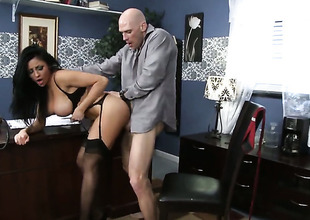 Johnny Sins gets wound up to the catch on bantam return at the end of one's tether Raven Bay with boastfully special and then drills the brush mouth