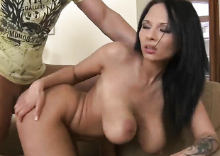 Leny Ewil shoots hos load after Dominno respecting gigantic melons and denuded pussy gives magic mouth job