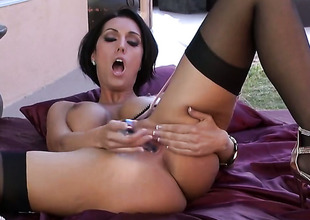 Dylan Ryder with chubby breasts coupled with unruffled tempest is horny as A Avernus coupled with fucks her vagina with her fingers be advantageous to your viewing entertainment