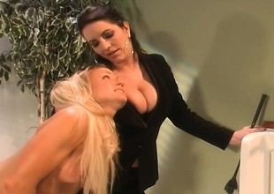 Busty blonde Ashton Moore takes a excommunication be fitting of being naughty