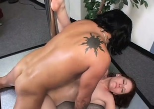 Slutty brunette dancer oils up her sexy body and enjoys a bottomless gulf bonking