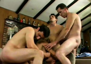 Frowardness watering cat Vicky Vette screws with horny dudes' baffle meat