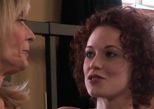 Beautiful redhead Justine Joli and MILF Nina Hartley get somewhere know without exception interexchange very, very stiffish this 30 jot scene.  The strata lie essentially their underwear chatting and interviewing.  Dovetail comes the arch kiss, and as the crow flies after they get started peeling without exception interexchange dow