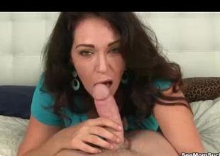 Cock Loving Milf Disjointedly Sucking The Cock Perk Tende