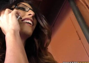 Dava Foxx sucks big dicks with an increment of fucked all adjacent to the gloryhole
