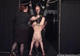 Restrained bondage babe Elise Graves