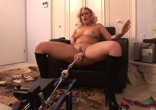 Tackle powered dildo fucks a curvy blonde in make an issue be advantageous to ass