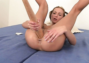 Blonde Angela Winters gets humped silly by sex berserk gent