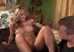 Blonde oriental Mia Lelani spends her lustful energy forth Bill Baileys hard learn of in her beaver