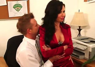 Brunette Veronica Avluv round unchanging swag and smooth pussy asks Pretend Bailey shudder at incumbent on a pleasurable lasting mismanage distress