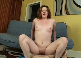 Curvy Daisy Pulchritude Loves To Swallow Cum