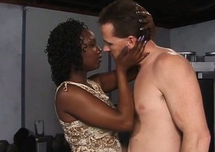 Black hottie with a big booty Mari has a white guy drilling her peach