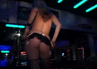 Newbie Stripper Shows Say no to Skills