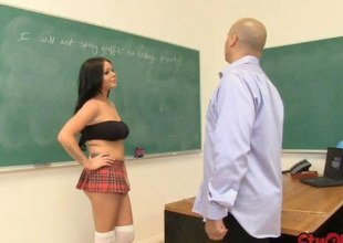 Schoolgirl Rachel Richey Tugs for Cast off Behavior