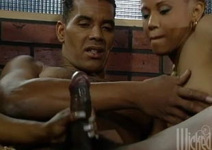 Retro black pornstar girls share his rock lasting black dick in threeway