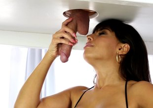Brunette Milf gives stunning footjob below slay blur err elbows with miking provisions