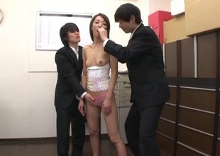 A handful be required of of her new co-workers fuck her throat in wonderful fettle cum in her indiscretion