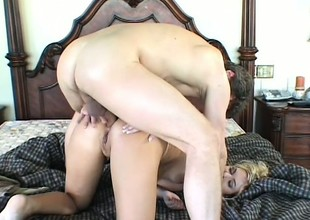Lonely together with horny, this electrifying blonde housewife is in the first place the prowl for hardcore action