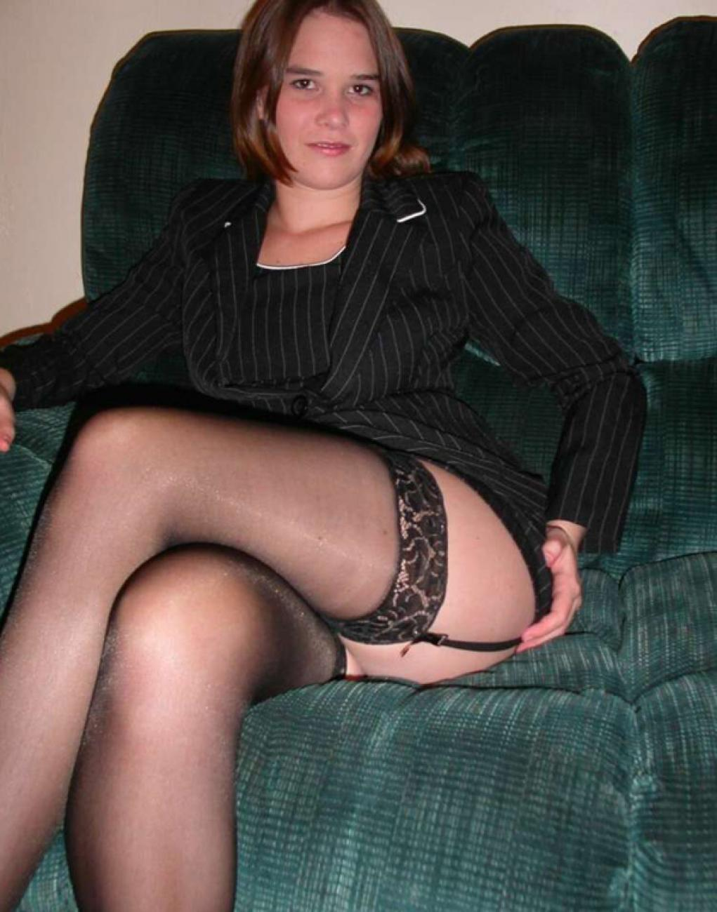 Kinky housewifes milf in nylons