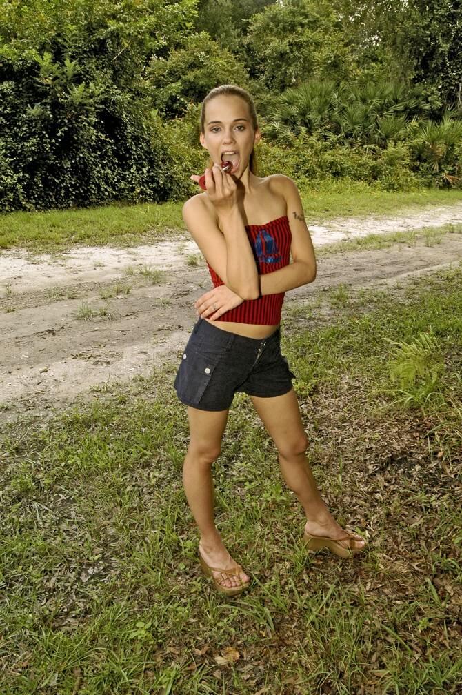 image Amateur teen herself the last pikahoe