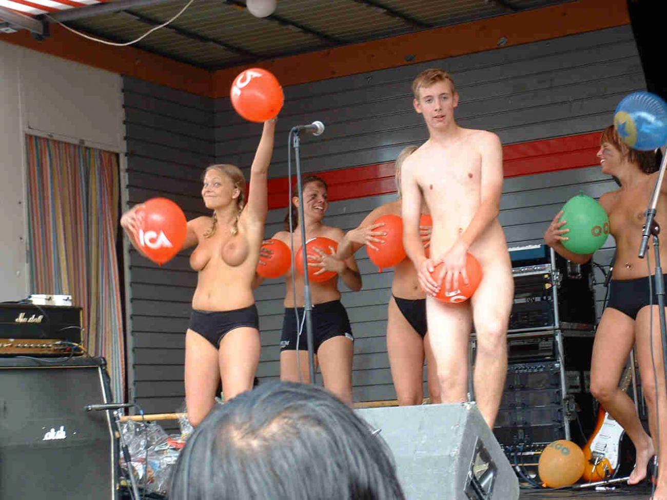 Студенческая вечеринка в америке секс 6 фотография