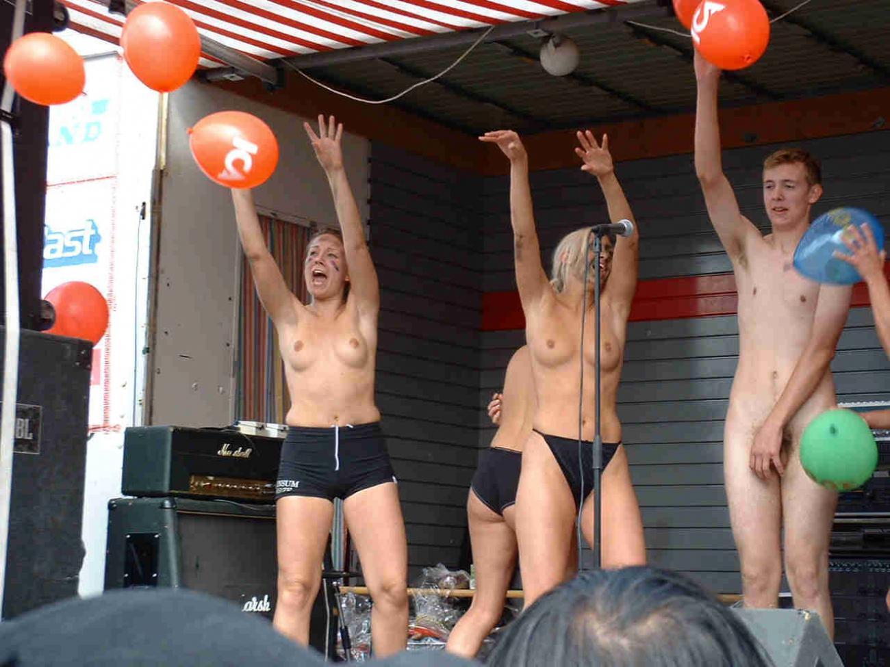 Эротические соревнования в америке 23 фотография
